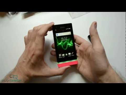 Распаковка Sony Xperia U (unboxing)