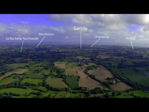Vue aérienne par drone de Sartilly Baie Bocage dans la Manche
