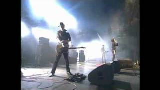 Eighties Matchbox B-Line Disaster - Fish Fingers - LIVE Pinkpop 2003