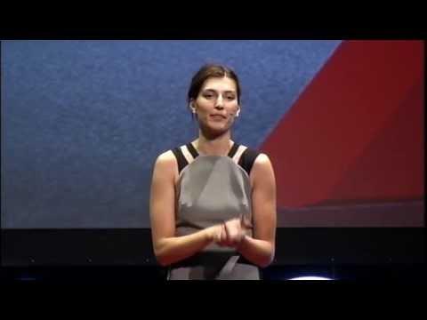 Yetenek Sınavında Yeteksiz Çıktım: Neslihan Demir at TEDxIhlasCollegeED