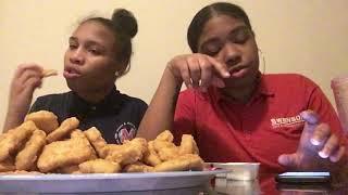 100 chicken nugget challenge!( vomit Alert🤮)