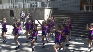 Коллектив эстрадного танца  Свой стиль   Танец  Конфетки