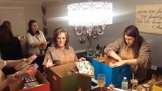 Woman Who Struggled In Childhood Makes Thanksgiving Boxes For Families In Need