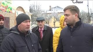 Глава города Сланцы совместно с депутатами посетил объекты благоустройства города