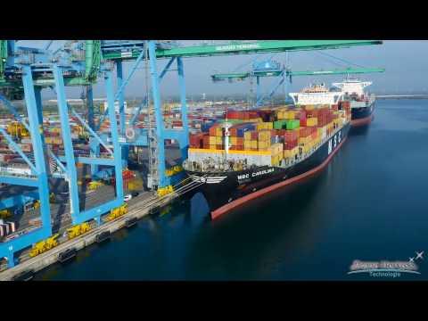 Porte-Conteneur Port Autonome de Marseille Fos