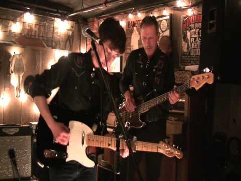 Bobby Dove and Her Band at the Dakota Tavern
