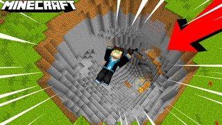 WCIĄGNĘŁA MNIE WIELKA DZIURA! | Minecraft Bedrock Edition #02 | Vertez