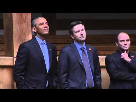 Raw: Obama Visits Shakespeare's Globe Theater