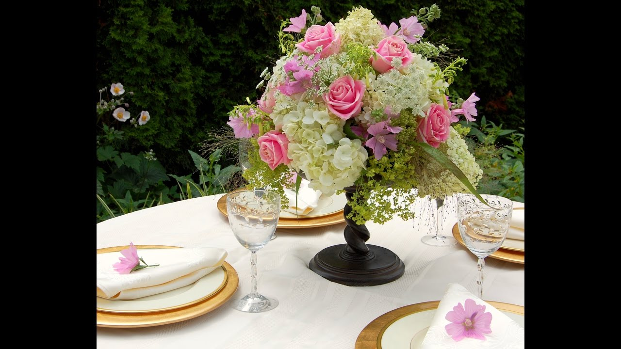 Como hacer centros de mesa con flores naturales para boda youtube - Centro de mesa con flores ...