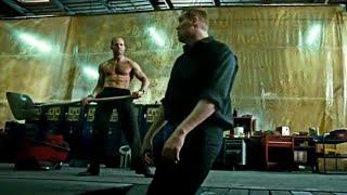 Скачать Ты самый умный Нет самый здоровый Драка в автосалоне Перевозчик 3 2008 момент из фильма