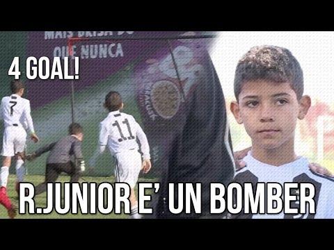 Ronaldo Junior è un Bomber   La prima partita di Ronaldo Junior  