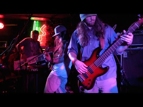 Twiddle 'Latin Tang/Too Many Puppies/First Tube/The Joker/Latin Tang' Live at Johnny D's 4.5.14
