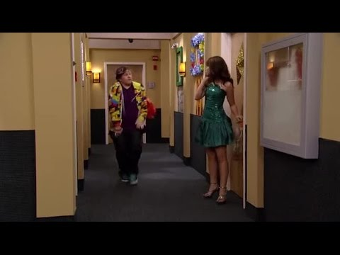 Sonny with a Chance S01E04 You've Got Fan Mail