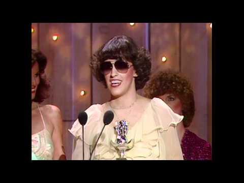 Terri Gibbs Wins Top New Female Vocalist - ACM Awards 1981