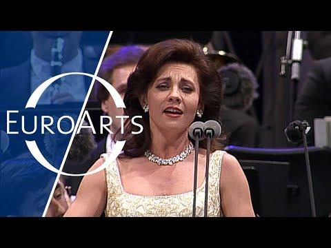 "Andrea Rost: Johann Strauss - Csárdás from ""Die Fledermaus"" (Vienna Philharmonic Orchestra)"