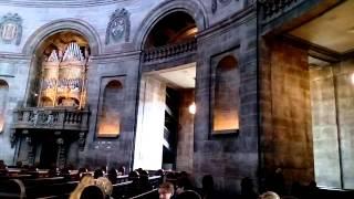 大理石教会の北欧で最大のドームをご紹介します