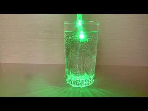 Смотреть ШОКЧто будет если светодиодную ленту опустить в воду.