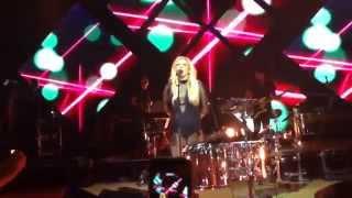 Ellie Goulding - Lights (Live) [Massey Hall, Toronto Sept 6/14]