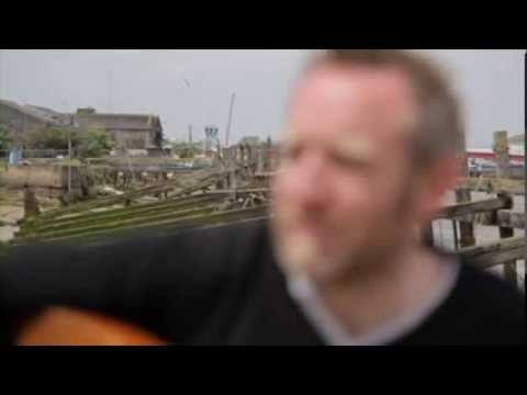 Drowning in the Shallow - single - Andy Flannagan - (OFFICIAL VIDEO)