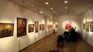 Прогулка по выставке Елены Ильичевой