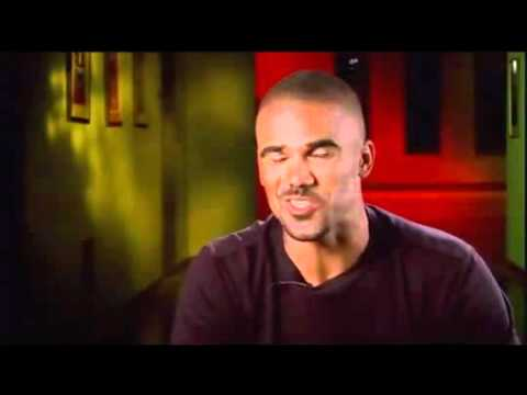 Shemar Moore imitates Paget Brewster
