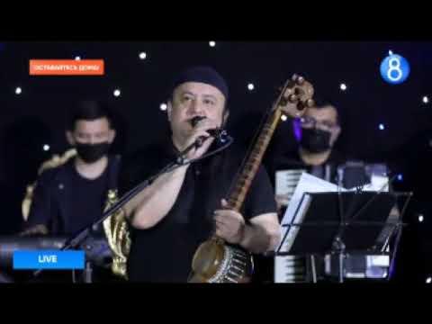 Murodbek Qilichev - Jonli Ijrodagi Konsert Dasturi #UydaQoling