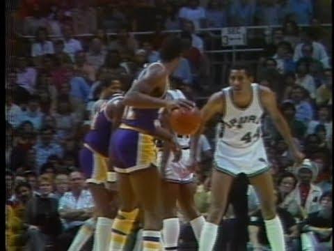 Magic Johnson (31pts/8rebs/17asts) vs. Spurs (1983 Playoffs)