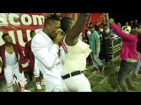 Diamond Platnumz  & Mafikizolo Live Perfomance At UDOM [DODOMA] Part 10