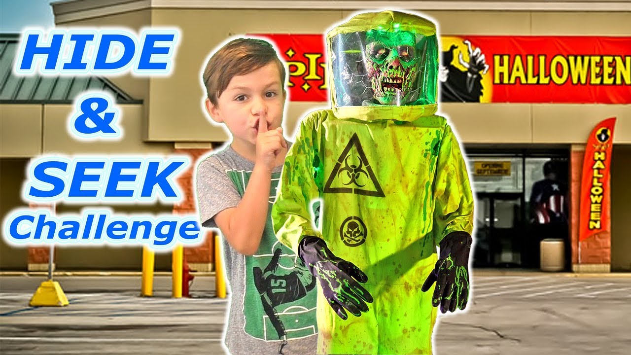 HIDE AND SEEK CHALLENGE in Spirit Halloween!