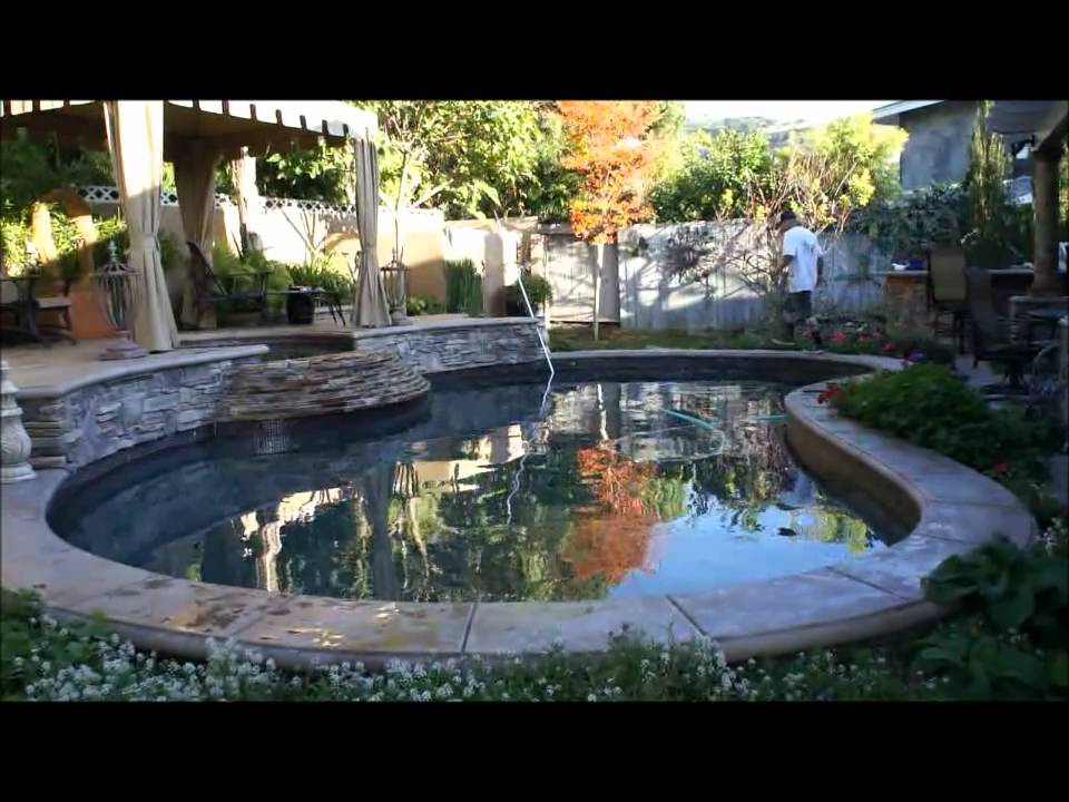 How To Clean And Maintain Swimming Pool Weekly Service Youtube