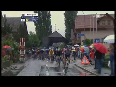 Tour de Suisse 2010 5. Etappe Stürze von Simon Spilak und Gerben Löwik