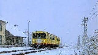 Vues inédites du petit Train Jaune avec la neige entre Mont-Louis et Font-Romeu Mars 2014!