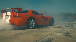 Dodge Vipers Hooning In The Parking Lot