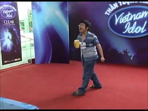 Viet Nam Idol 2010:  Funny Clip 5 - Lady GaGa Vn