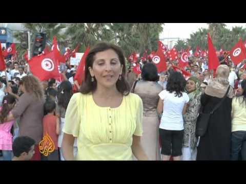 Rival rallies held in crisis-hit Tunisia