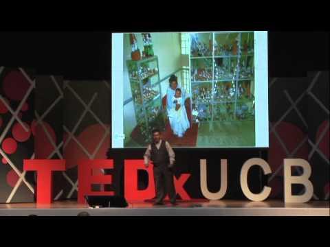 La grandeza de lo pequeño: Walter Melendrez at TEDxUCB