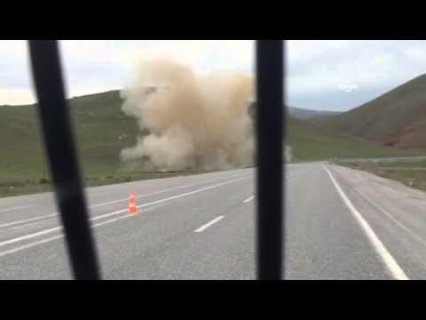 Yol kenarına döşenen bomba böyle patlatıldı