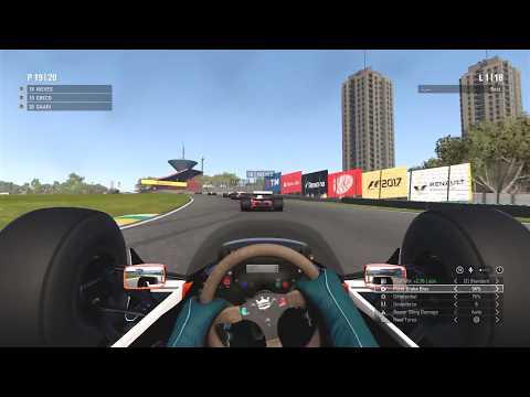 F1 2017 Classic Car Gameplay: Senna's McLaren MP4/4 @ Interlagos (25% Classic Car Race)
