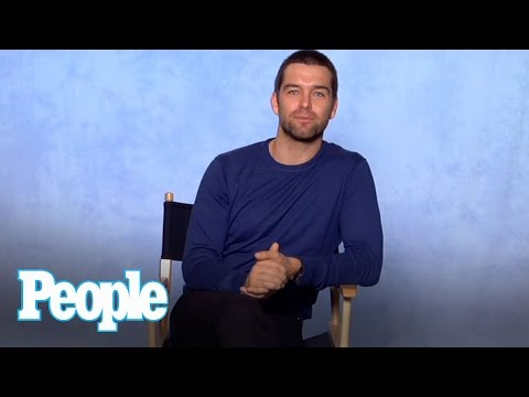 Antony Starr Talks Sex s and Getting Stitches on the Set of Banshee  People