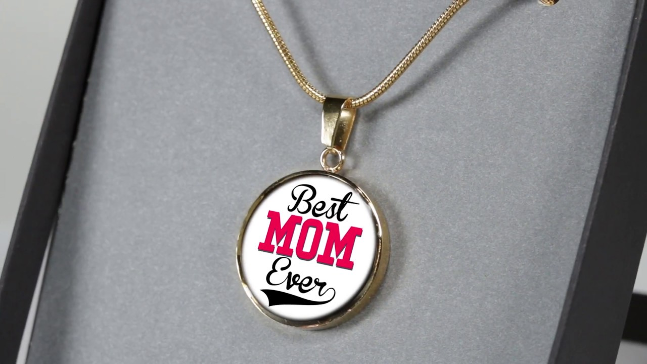 8ab56dc0357a9 Mothers Day Gift Ideas - Best Mom Ever Necklace