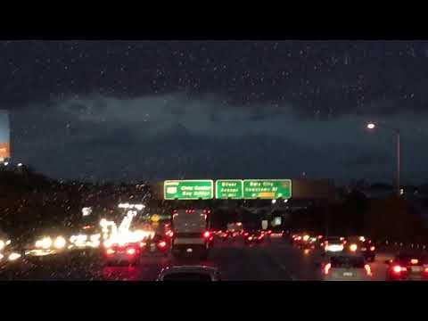 Rainyday Driving on 101 toward San Francisco