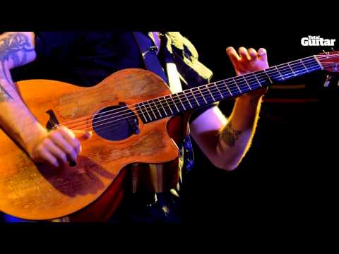 Jon Gomm guest lesson - Fret hand tapping (TG248)