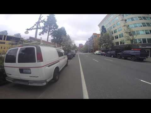 Five Minutes in Seattle as a Cyclist