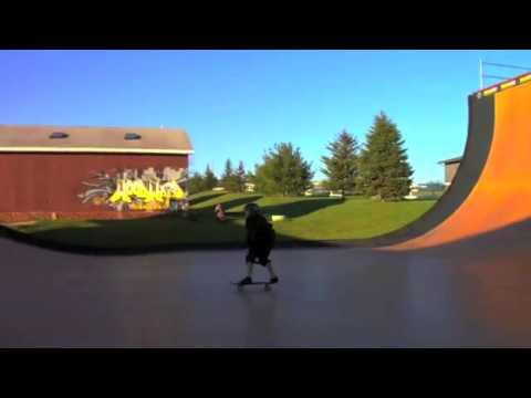 Skateboarding 900 Montage