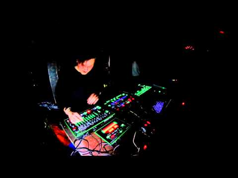 Oskar Szafraniec - Live Set with Roland AIRA, Club Chalet (Berlin), 14.March.2015