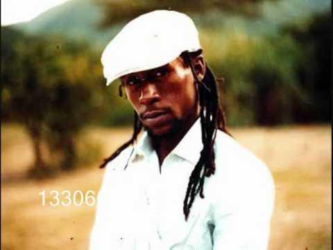 JAH CURE- SPREAD JAH LOVE {Black Reign vid}