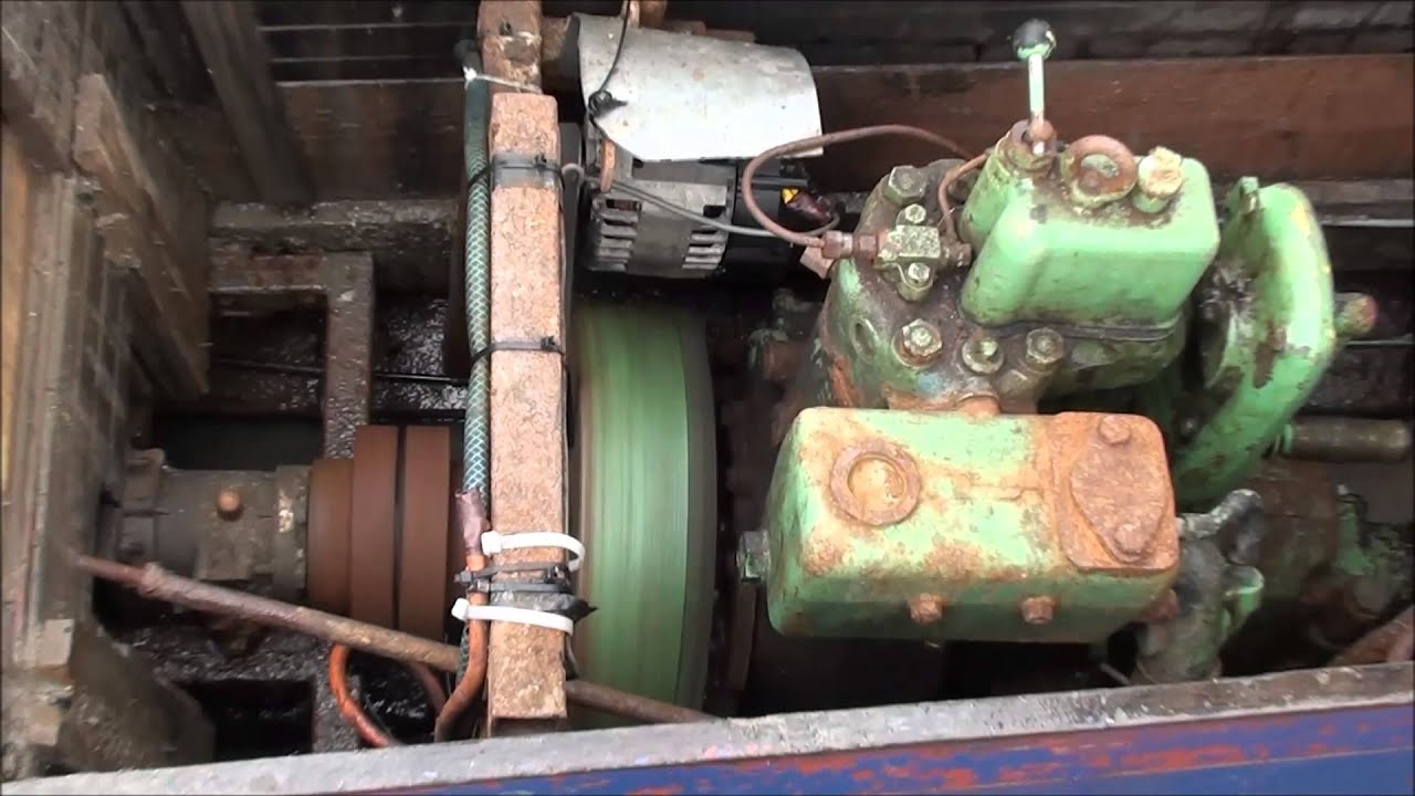 Small marine inboard engine youtube for How inboard boat motors work