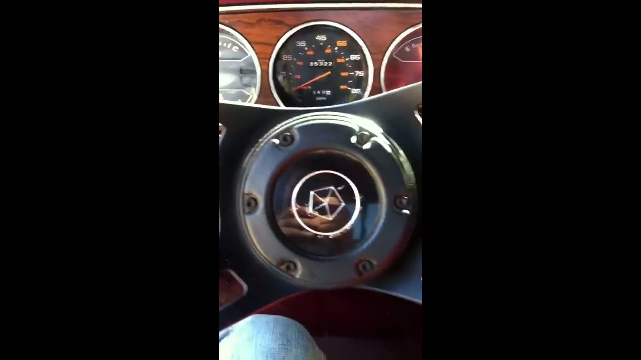 1984 Dodge D150 Royal Se