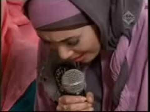 Inka Christie baca Ayat Suci Al-Qur'an Sampai Menitikkan Air Mata