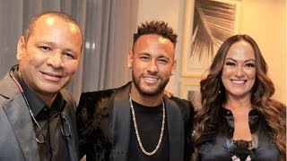 Neymar Jr.  at the inauguration of new nrsports headquarter with his family